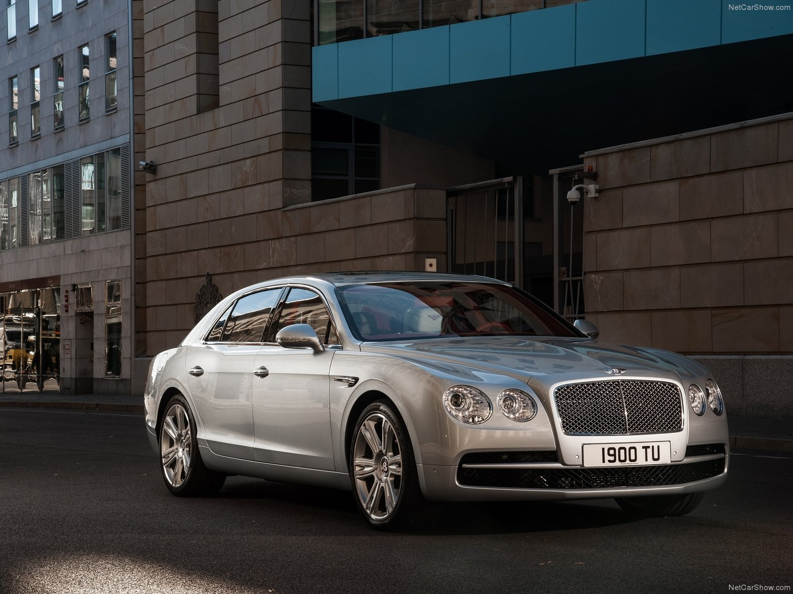 2015-bentley-flying-spur-v8-1