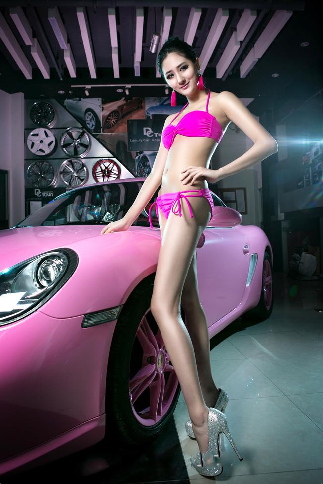 my-nu-bikini-va-sieu-xe-porsche-1