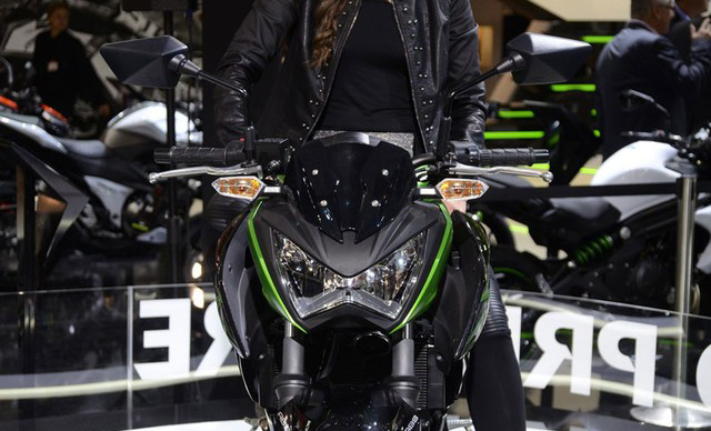 reviews-kawasaki-z300-info-price-6